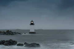 Fort Pickering Lighthouse II (NestorDesigns) Tags: sky lighthouse storm water rock landscape photography bay nikon stormy salem winterisland massachusett salemharbor southchannel d700 fortpickeringlighthouse nestordesigns nestorriverajr