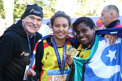 "New York Marathon 325 • <a style=""font-size:0.8em;"" href=""https://www.flickr.com/photos/64883702@N04/15730676752/"" target=""_blank"">View on Flickr</a>"