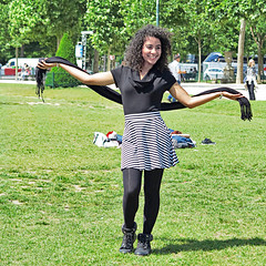'I'm posing for you !' (pivapao's citylife flavors) Tags: paris france people champdemars girl portrait
