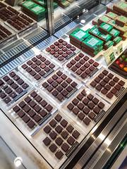 2017-02-25 13.25.36-1-2 (Darjeeling_Days) Tags: 中目黒 目黒区 gm1 green bean bar chocolate グリーン ビーン トゥ バー チョコレート