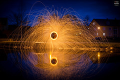 Ring of Fire (Tobias Neubert Photography) Tags: lightpainting stahlwolle steelwool feuer fire funken sparks nacht night langzeitbelichtung longexposure kemnath licht light spiegelung reflection reflexion wasser water blauestunde bluehour oberpfalz upperpalatinate bayern bavaria deutschland germany outdoor