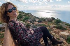 Disfrutando del sol de enero en los acantilados junto al radar Dingli en Triq Panoramika (Malta)