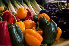 Poivrons, etc (jrl_photos) Tags: légumes rouge orangé vert violine couleurs marché nourriture food colours