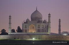 Taj Mahal (Rolandito.) Tags: indien inde india agra taj mahal asia night abend evening light lights illuminated illumination back side backside