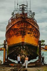 Mares recorridos (RoxiRosita) Tags: boda casamiento preboda couple pareja wedding ship barco port puerto