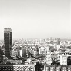 warsaw 2017 (Matteo Grande) Tags: warsaw varsavia poland polonia capitale palazzo grattacieli skyline skyscraper urban zenza bronica