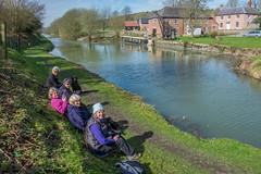 canalside-9 (Jane Tearle) Tags: eastkennett woottonrivers strollers
