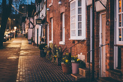 An English Street (freyavev) Tags: england greatbritain warwick warwickshire uk unitedkingdom street houses details plants pots wetstreet rain brickhouses niftyfifty 50mm vsco mikasniftyfifty canon canon700d