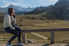 Picos de Europa. Lagos de Covadonga (Juan R. Ruiz) Tags: picosdeeuropa mountains montañas nature naturaleza asturias españa spain europe europa canon canoneos60d canoneos eos60d lagos lagosdecovadonga covadonga town