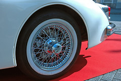 Wheel of a Jaguar XK (Rob de Hero) Tags: limburg autoclassic2017 auto car classic 2017 oldtimer jaguar xk rad wheel autoclassic limburgautoclassic2017 cars