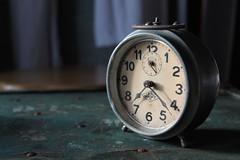 A la recherche du temps perdu... (NUMERIK33) Tags: temps réveil heure japy explore numerik33