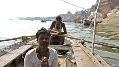 boat men (Fif') Tags: inde india bharat 2017 varanasi bénarès benares sri shri uttar pradesh ganga gange gaṅgā gōnga