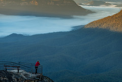 Oceans of fog (benpearse) Tags: blue mountains fog jamison valley sunrise ben pearse landscape nsw photographer april 2017