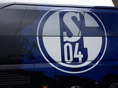 S04 team bus (mtiger88) Tags: badenwürttemberg deu deutschland geo:lat=4923825222 geo:lon=888632745 geotagged sinsheim steinsfurt mtiger mtiger88 2016 bawü bw badenwuerttemberg schwaben swabian schwabenland swabia schwabenländle district kreis capitalcity city stadt stadtteil quarter hobbies sport soccer fussball fusball s04 schalke bus team mannschaft mannschaftsbus