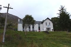 Ben Lettery Youth Hostel, Connemara, County Galway, Ireland (Douglas Pfeiffer Cardoso) Tags: ireland connemara westireland countygalway republicofireland connemaranationalpark wildatlanticway