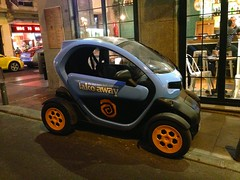 Renault Twizy (FaceMePLS) Tags: madrid car spain fastfood streetphotography voiture espana vehicle junkfood spanje madeinfrance evh voertuig straatfotografie facemepls iphone5 takoaway thetexmexfoodcompany fullelectricvehicle