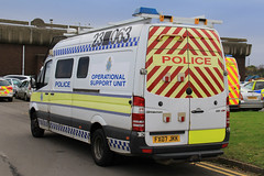 Lincolnshire Police Mercedes Sprinter Operational Support Unit (PFB-999) Tags: mercedes support pov police headquarters lincolnshire osu vehicle leds van hq beacons grilles unit sprinter lincs constabulary operational lightbars rotators fx07jkk