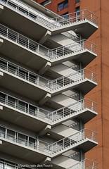 Erasmushuis (Maurits van den Toorn) Tags: architecture stairs office rotterdam treppe staircase trap architectuur coolsingel kantoor chelle trappen erasmushuis