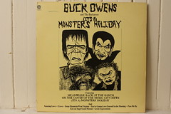 Monsters Holiday (Capitol 1974) (Donald Deveau) Tags: dracula frankenstein lp record monsters wolfman buckowens