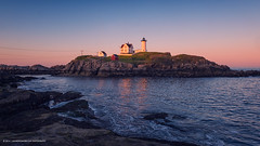 Humble Nubble (Allard Schager) Tags: york sunset usa lighthouse seascape coast dusk maine newengland atlanticocean capeneddick nubblepoint verenigdestaten nikkor2470mmf28 nikond800 allardschager