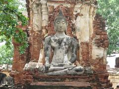 "Wat Phra Mahathat <a style=""margin-left:10px; font-size:0.8em;"" href=""http://www.flickr.com/photos/83080376@N03/15698696446/"" target=""_blank"">@flickr</a>"