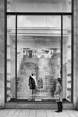 ... Augen auf ! (Sascha Gaber) Tags: leica city 2 theater im mary schaufenster queen augen hafen auf ausstellung
