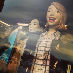 Creepiness at Old Navy (Karol A Olson) Tags: mannequins maryland columbia creepy oldnavy nov14