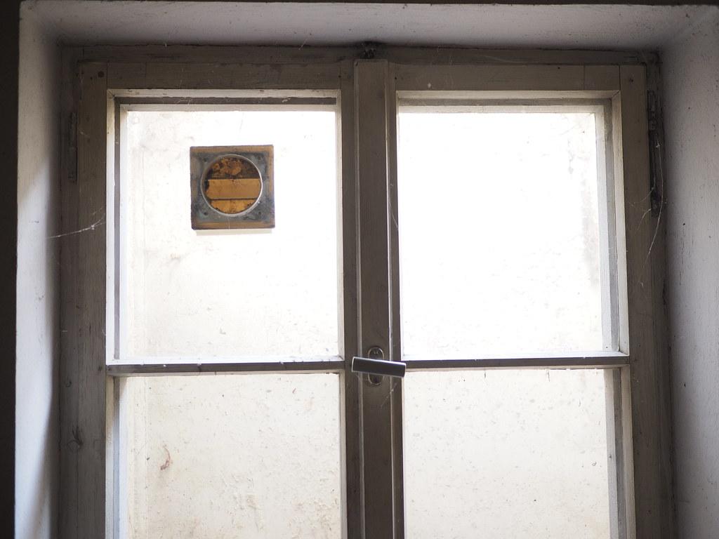 the world's best photos of kellerfenster - flickr hive mind - Souterrain Fenster
