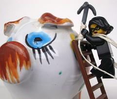 Piggy Bank - HMM (captain_joe) Tags: macromondays glaze sparschwein piggybank thief jewell toy spielzeug 365toyproject lego series15 minifigure minifig