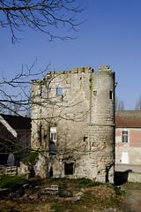 Donjon_Abbaye Fortifiée (Ombre&Lumiere) Tags: xiiie xive xve marizysaintmard aisne picardie patrimoine vestiges ruines 02 ancienneabbayefortifiée xviie fortifications