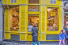 patissier (albyn.davis) Tags: paris france europe marais people street store storefront windows door vacation travel colorful vivid bright vibrant colors yellow child