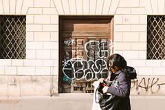 Where did I put that? (lorenzoviolone) Tags: 48 finepix fuji400h fujix100s fujifilm fujifilmx100s vsco vscofilm x100s abandoned bag broken door fence graffiti mirrorless number purse stranger streetphoto streetphotocolor streetphotography sunglasses walk:rome=jan2017 roma lazio italy