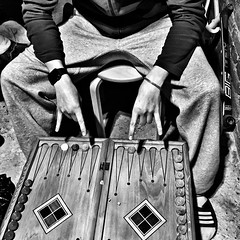 backgammon (Ruslan Romanov) Tags: white black blackandwhite game krasnodar russia sprint 2017 backgammon