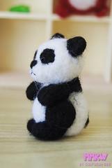 Pandita (Gabriieliitaaa) Tags: bear alpaca monster cat pig panda dolls dino felting lion dal felt needle totoro pikachu pullip blythe