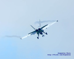 GROWLER TRAILING VAPES (AvgeekJoe) Tags: plane airplane aviation vikings usnavy usn vapor vaportrails warplane growler vapors vaportrail navalaviation watervapor vaq129 vape ea18g vapes ea18ggrowler fz70 vaq129vikings boeingea18ggrowler dmcfz70 electronicwarfarejet panasoniclumixdmcfz70 panasoniclumixfz70