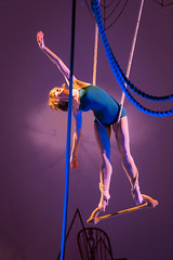 Tangle performs Loop. Photo by Michael Ermilio.