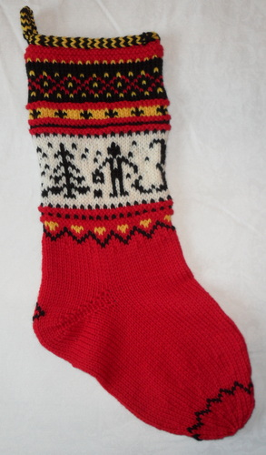 Classic Christmas Stocking Knitting Pattern : Ravelry: Scandinavian Christmas Stockings: Classic Designs to Knit for the Ho...