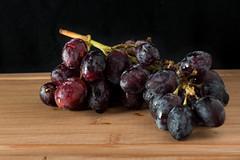 Grapes (and3rs) Tags: stilllife fruit stillleben grape trauben obst