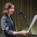 Lucrecia Dalt enregistrant veus per a un SON[I]A
