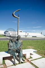 DF0003 (volkvanessa) Tags: braslia brasil sarah sara museu escultura jk esttua distritofederal oscarniemeyer regiocentrooeste