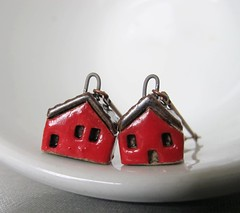 Red and Black Stoneware House and Copper Earrings (fiveforty) Tags: houses red house canada black home sweet jewelry clay copper earrings dangle charms beaded stoneware fiveforty