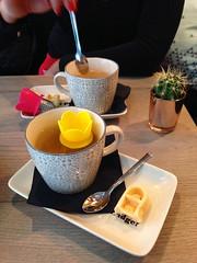 fourTEAfour- Leuven (Kristel Van Loock) Tags: food coffee leuven bar europa europe belgium belgique tea drieduizend tearoom deco 3000 belgica louvain thee flanders belgien belgio vlaanderen flandre vlaamsbrabant mechelsestraat conceptbar lovanio fiandre leveninleuven fourteafour
