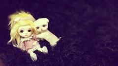New friendship (PeanutButter<3) Tags: friends cute friendship adorable lati latiwhite