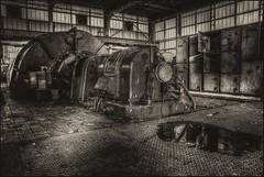 Industrial Decay (Martyn.Smith.) Tags: abandoned canon lens eos photo flickr image decay rusty sigma derelict decaying urbanexploring urbex rustymachinery industrialdecline 450d pyestock