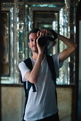 Shiraz (cranjam) Tags: portrait me luca iran middleeast mirrors persia shiraz selfie traditionalhouse mediooriente specchi historicalhouse baghenaranjestan naranjestan qavamhouse vsco narenjestaneghavam mirzaibrahimkhan  narangestanqavam  dqavam