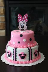 Minnie Mouse cake, Dhami, Miineapolis-St Paul, MN, www.birthdaycakes4free.com