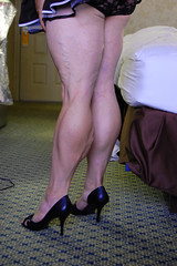 DSC_0334jj (ARDENT PHOTOGRAPHER) Tags: highheels muscular veins calves flexing veiny bodybuildingwoman