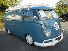 1972 Volkswagen Transporter Van (splattergraphics) Tags: 1972 volkswagen transporter van vw slammed volksrod carshow aacaeasterndivisionfallmeet aaca antiqueautomobileclubofamerica hersheypa