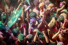 Holi Festival - Pushkar (AdrienC.) Tags: holi festival india incredibleindia color party pushkar crowdy man paradise nirvana music