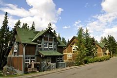 Jasper Park Lodge, Jasper National Park, Canada (leo_li's Photography) Tags: parcnationaljasper 艾伯塔省 jaspernationalpark alberta canada 加拿大 亞伯達省 canadianrockymountains rockymountains 洛磯山脈 parc 亞伯達 艾伯塔